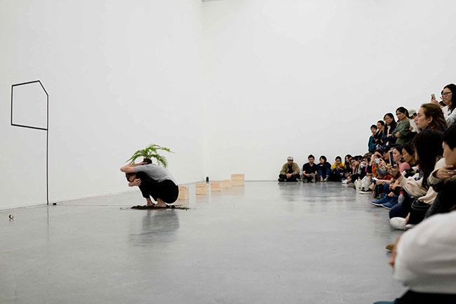 Franzisca Siegrist up-on-live-art-festival-chengdu-china2017